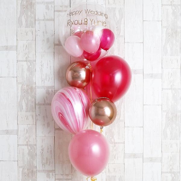 結婚祝い用のピンクのバルーン
